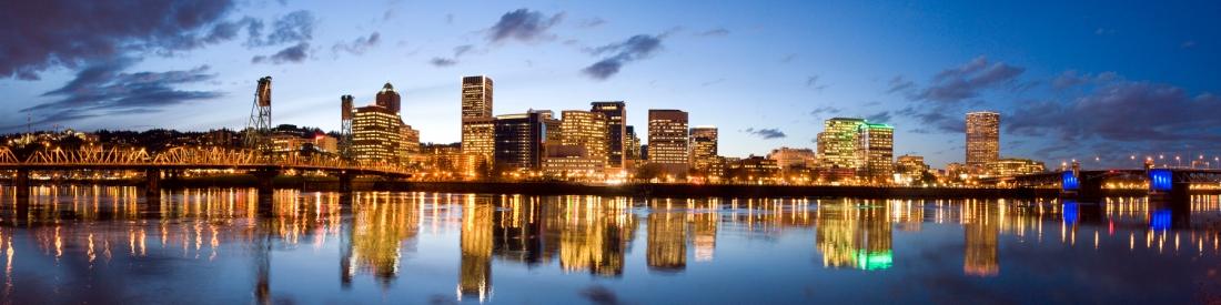 Portland oregon waterfront esplanade panorama | Michelle Hy